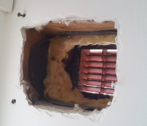 Wall vent without lining