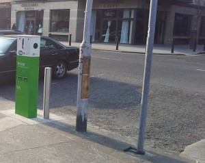 Electric car recharge point