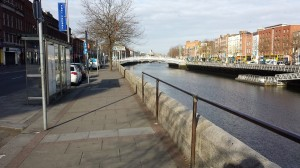 Low quay wall at O'Connell Bridge, Dublin
