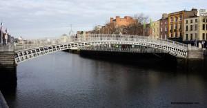 Ha'Penny Pedestrian Bridge, Dublin